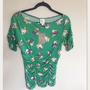 NWT Anthropologie Green floral t-shirt size XS